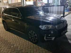 RENTAL MOBILBMW X5 SEWA BMW X5 RENTAL BMW X5
