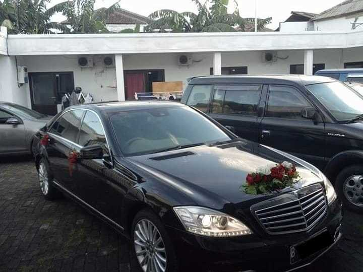 rental sewa mobil mewah mercedes benz s 300 pengantin wedding car