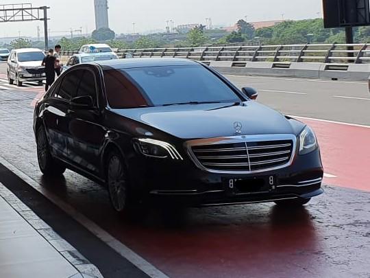 sewa-rental-mobil-mewah-mercy-mercedes-benz-s-450-class-pengantin-weddingcar